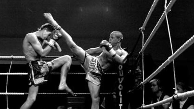 Ramon Dekkers High Kick