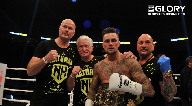 Holzken, Van Roosmalen win Fight Night Bonus Awards