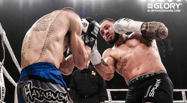 "Van Roosmalen says Petchpanomrung ""will be done in two rounds"" at GLORY 41"