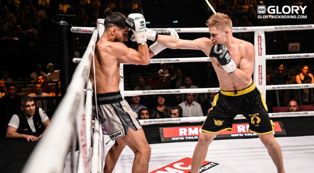 Adamchuk shakes up style, rattles Salvador in contender battle