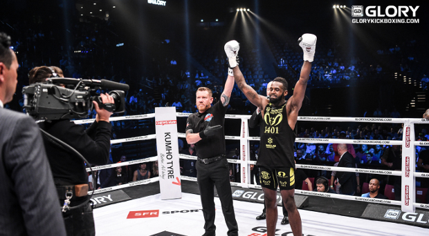 No Mercy in Bercy: 'Predator' Groenhart seizes chance to score controversial finish