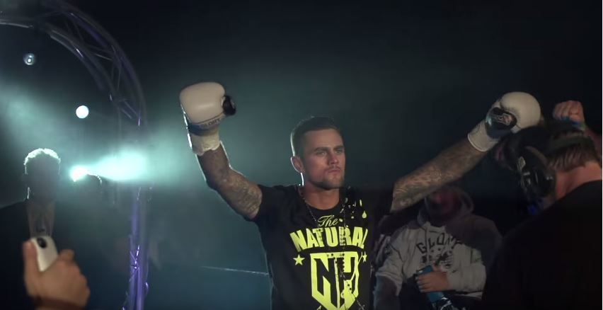 GLORY 42 Paris: Nieky Holzken Highlight