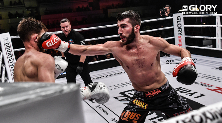 Nabiyev edges Vienot in welterweight war