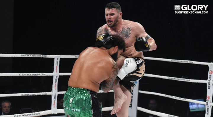 Camozzi dominates Dennis, captures one-sided decision win