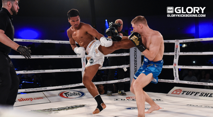 Petchpanomrung cruises past Adamchuk, retains featherweight title